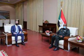 رئيس مجلس السيادة الانتقالي يشيد بالعلاقات التاريخية بين السودان وبريطانيا