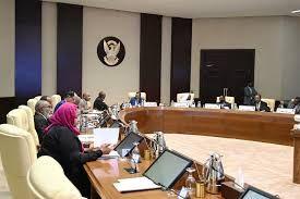 """مصادر لـ""""الشرق"""": وزراء الحكومة السودانية سيقدمون استقالاتهم خلال 72 ساعة"""