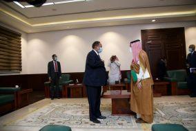 رئيس الوزراء  يستقبل وزير الدولة السعودي لشؤون الدول الأفريقية