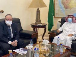 سفير خادم الحرمين الشريفين لدى السودان يستقبل السفير المصري