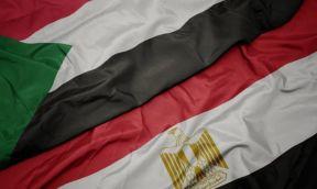 دبلوماسي سابق يكشف سر التحركات المصرية الجديدة في الخرطوم