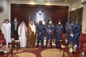 وزير الداخلية يستقبل السفير السعودي ويشدد على مواصلة التنسيق والتشاور وتبادل الخبرات