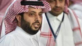 غياب تركي آل الشيخ عن الساحة الهلالية يثير التساؤلات