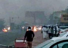 الشرطة تفّض إفطار للإسلاميين قرب المطار وغمر الساحة الخضراء بالمياه