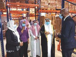 وزارة الصحة تتسلم(52) طن من الأدوية والمحاليل الوريدية والمستهلكات الطبية منحة من المملكة العربية السعودية