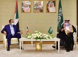 حمزة بلول يبحث مع وزير الإعلام السعودي التعاون في المجال الإعلامي