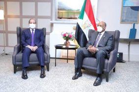 رئيس مجلس السيادة الإنتقالي يلتقي بباريس الرئيس المصري عبدالفتاح السيسي