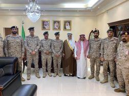 السفير السعودي يقلد عدد من الضباط السعوديين الدارسين بالسودان رتبهم الجديدة