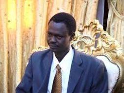 مناوي يدعو لتسليم البشير وأحمد هارون إلى الجنائية الدولية للإنضمام إلى المتهم علي كوشيب