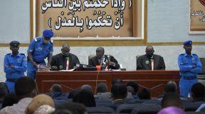 محكمة انقلاب 30 يونيو ترفع الجلسة للبت في طلبات الدفاع