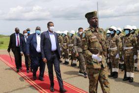 دقلو يشارك في مراسم تنصيب حاكم إقليم النيل الأزرق