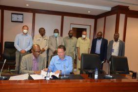 توقيع إتفاقية لتأهيل محطة توليد سنار للكهرباء